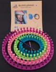 Circular knitting loom